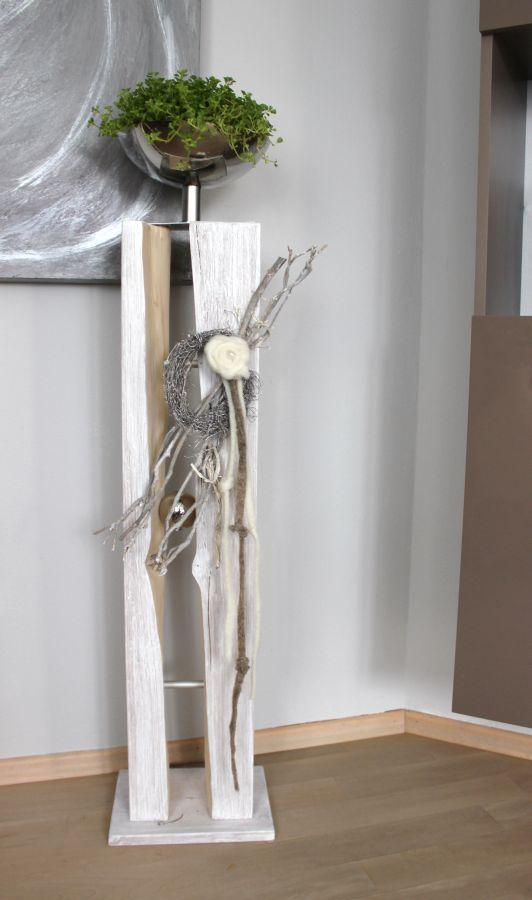 GS48 - Große Säule für Innen und Außen! Große gespaltene Säule, natürlich dekoriert mit einer großen Edelstahlschale zum bepflanzen, kleinen gekalktem Rebenkranz, Filzrose und Filzbändern! Preis 129,90€