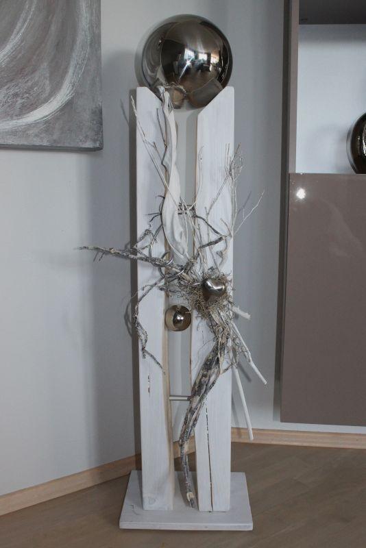 GS108 - Große gespaltene Säule, dekoriert mit Materialien aus der Natur, einem Edelstahlherz, einer kleinen und einer großen Edelstahlkugel die herausnehmbar ist! Preis 149,90€ Höhe ca. 110cm