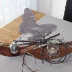 KF07 – Kokosblatt mit Teelichtglas oder Edelstahlkugel, natürlich dekoriert – verschiedene Ausführungen! Breite: ca. 25cm – Preis: 14,90€