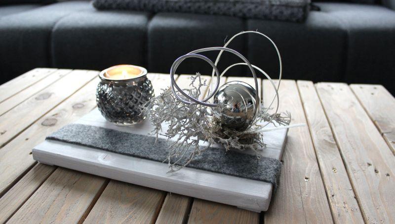 td185 zeitlose tischdeko holzbrett wei gebeizt. Black Bedroom Furniture Sets. Home Design Ideas