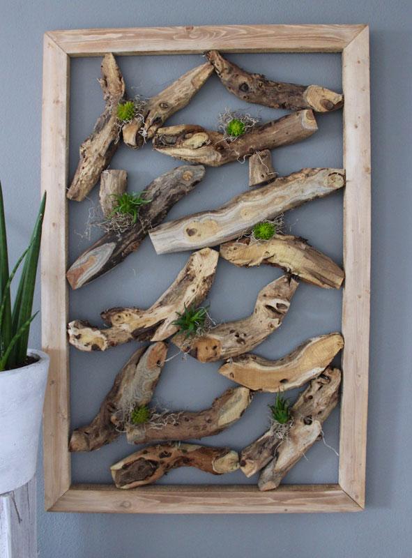 WD120 - Wanddeko aus Holzstücken, dekoriert mit Kunstmoos und künstlichen Sukkulenten! Preis 69,90€ Preis ohne Deko 54,90€ Größe ca 60x90cm
