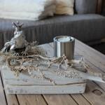 TD47 - Holzblock als Tischdeko! Altes Holz bebeizt, natürlich dekoriert mit einem Edelstahlteelicht und Froschkönig! Preis 44,90 € Holzblock - Preis 7,90 € Froschkönig