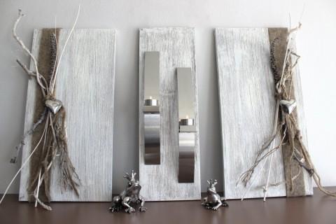 WD35 - Exclusive Wanddeko! Dreiteilige Wanddeko aus gebeizten und weiß gebürstetem Holz! Dekoriert mit Edelstahlleisten, Filzband, Materialien aus der Natur und Edelstahlherzen! Gesamtbreite 80cm - Höhe 60cm - Preis 119,90€