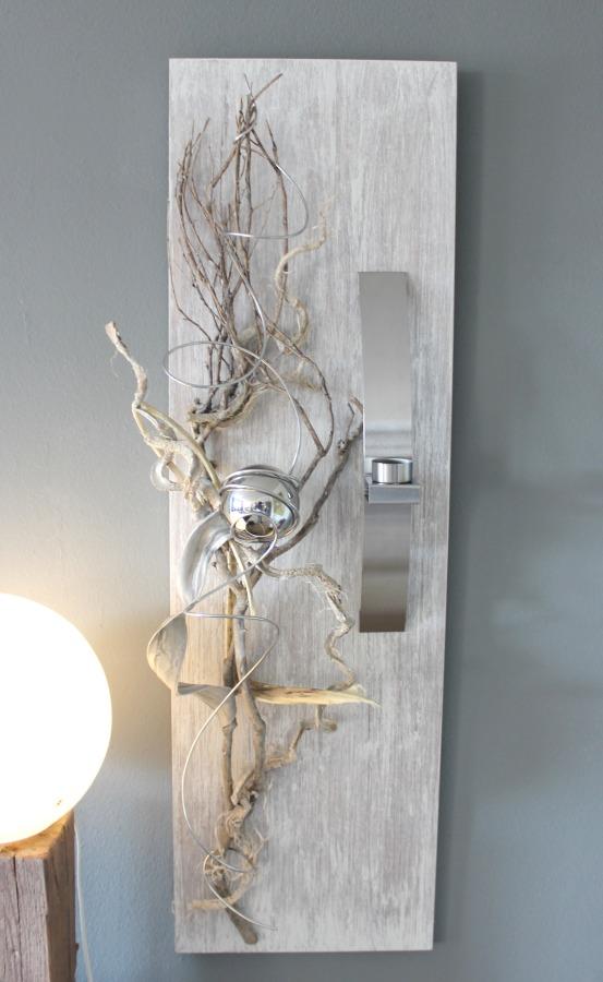 WD36 - Elegante Wanddeko! Neues Holz gebeizt und weiß gebürstet, natürlich und edel dekoriert mit einer Edelstahlkugel und einer Edelstahlleiste die als Teelichhalter und Vase verwendet werden kann! ( Reagenzglas) Größe 30x95cm - Preis 74,90€