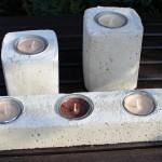 NB7 – Teelichthalter aus Beton! Block groß mit drei Teelichtschalen 12,90€ – Teelichhalter ca 10cm 7.90€ – Teelichthalter ca 7cm 5,90€