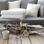 HE52 - Kokosblatt als Tischdeko! Kokosblatt gebeizt, dekoriert mit Material aus der Natur und einem Reh! Breite ca.70cm Preis 44,90€ - Preis Teelicht a. 5,90€