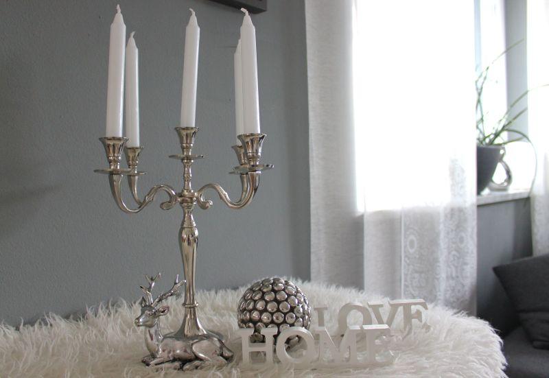 HE104 - Kerzenständer aus Metall fünfarmig! Preis 24,90€ Höhe 30cm Hirsch liegend Prei 9,90€ Home/ Love Set 6,90€ Dekokugel 12,90€ Durchmesser 12cm