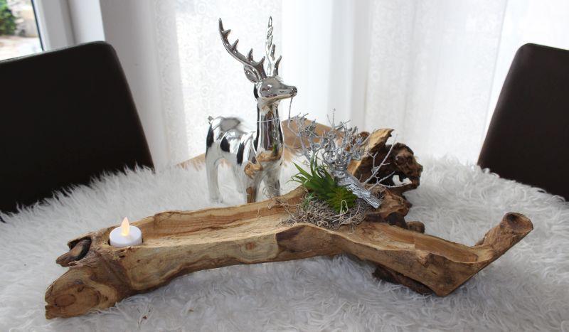HE105 Teakholzschale dekoriert mit Teelicht, natürlichen Materialien, künstlichen Sukkulenten und einem Erlkönig! Hirsch 28cm 24,90€