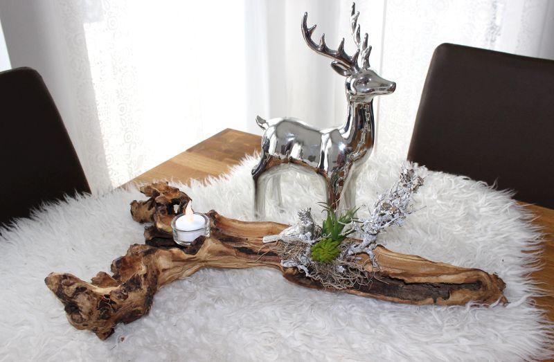 HE108 - Teakholzschale dekoriert mit Teelicht, natürlichen Materialien, künstlichen Sukkulenten und einem Erlkönig! Hirsch 24,90€