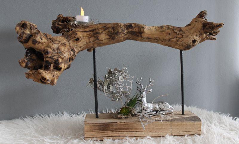 HE110 - Standdeko aus Teakholz! Dekoriert mit natürlichen Materialien, Teelicht und künstlichen Sukkulenten! Preis 44,90€ Breite ca 60cm Hirsch 9,90€