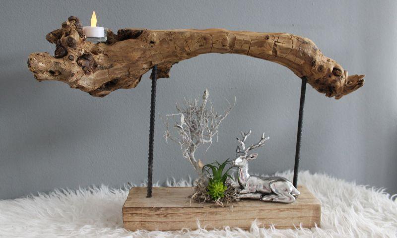 HE111 - Standdeko aus Teakholz! Dekoriert mit natürlichen Materialien, Teelicht und künstlichen Sukkulenten! Preis 44,90€ Breite ca 60cm Hirsch 9,90€