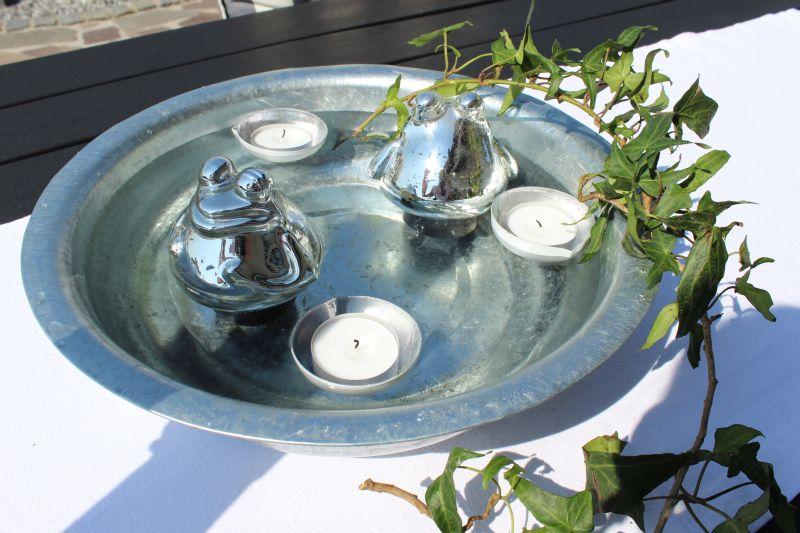 TD211 - Minischwimmteich für drinnen und draussen! Schale Durchmesser ca. 30cm Preis 3,50€ Durchmesser ca. 40cm Preis 6,50€ Schwimmfrosch Preis 5,90€