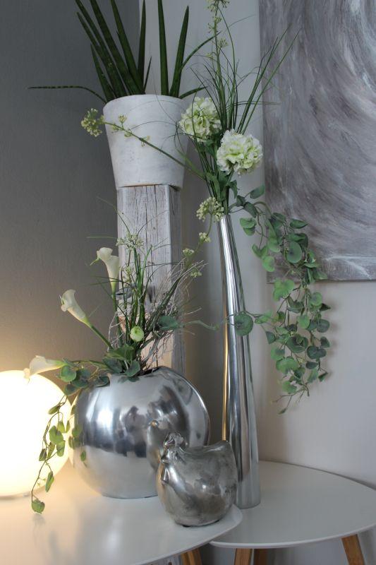 TD243 - Bauchige Vase Preis ohne Blumen 74,90€ Größe 28x25cm, Keramikhuhn 14,90€