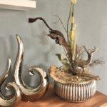 HE124 - Dekoschale aus Keramik, dekoriert mit natürlichen Materialien und einem Metallhirsch! Preis 74,90€