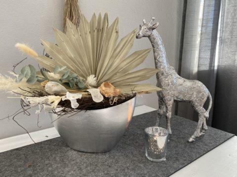 TD583 - Schale aus Kunststoff, dekoriert mit natürlichen Materialien und Trockenblumen Preis 39,90€ Größe mit Deko 35x40cm