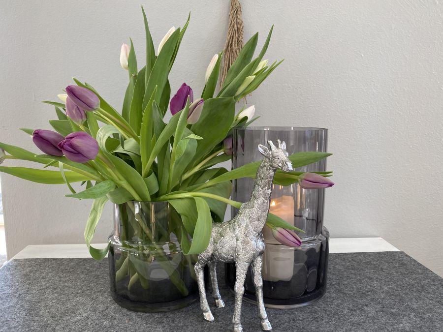 TD581 - Glaszylinder als Vase oder Windlicht verwendbar! Preis 24,90€ Größe16x16cm Preis 34,90€ Größe 17x27cm Giraffe aus Polystein! Preis 29,90€ Größe 15,5×25,5cm